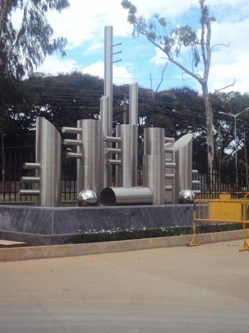 Metropolis Sculpture
