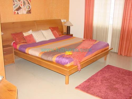 Designer wooden double cot