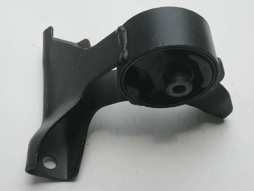 Engine Mounting For Alto