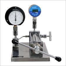 Pneumatic Pressure Gauge Comparator