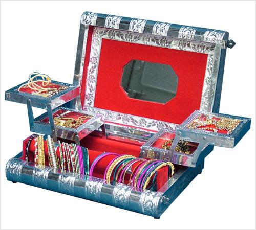 OXODISE JEWELLERY BOX