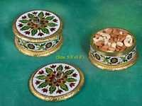 GOLDEN MINA ROUND DRYFRUIT BOX