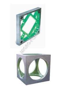 Cast Iron Cube
