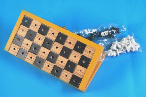 Braille Folding Chess Board