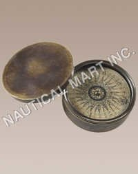NAUTICAL LODESTONE COMPASS.