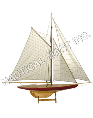 NAUTICAL SAIL MODEL DEFENDER, 1895