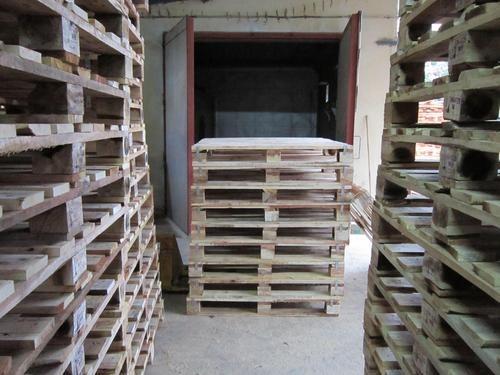 Brown Wooden Storage Pallets