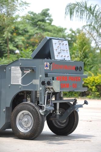 Kerb Paving Machine