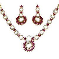 Beautiful Ruby Diamond Bridal Necklace Set In Gold