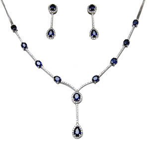 Gold Necklace Set With Diamond And Blue Sapphire