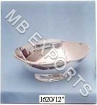 white metal bowl handle