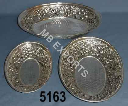 metal and three bowl
