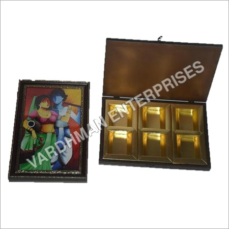 6 PARTITION MOULDING BOX