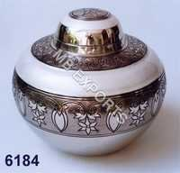 metal pot and design