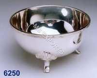Metal Bowl Stand