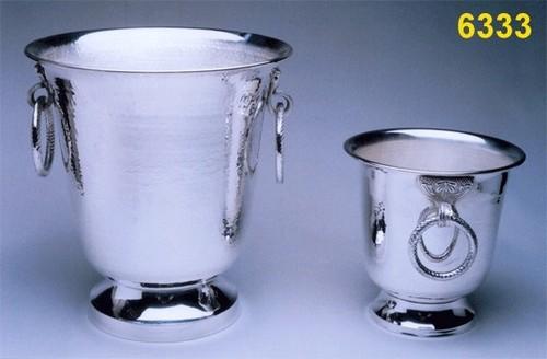 Metal Two Bucket With Handwork