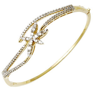 Wavy Diamond Gold Bangle