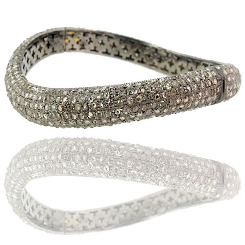 Diamond Pave Wave Bracelet