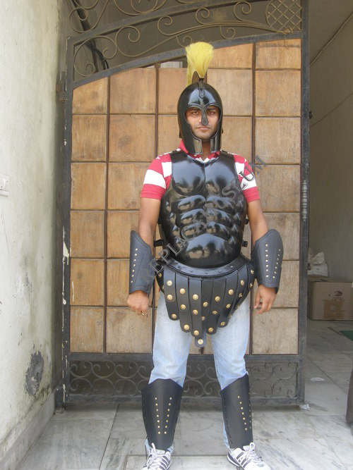 Medieval Armour Set Of Breast Plate With Helmets C