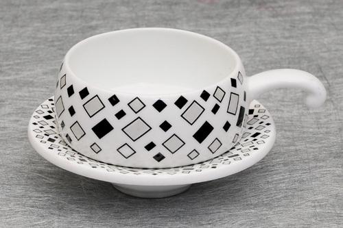 Cup Saucer - Lilyput