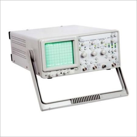 Oscilloscope 100 MHz (Digital Readout - 10 Storage)