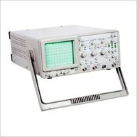 Oscilloscope 100 MHz (Digital Readout - 10 Storage)