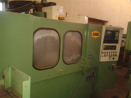 VERTICAL MILLING CENTER