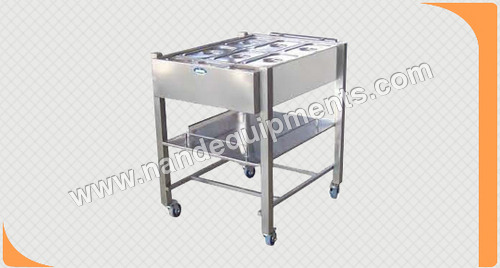 Snack Trolley With Banquet Line