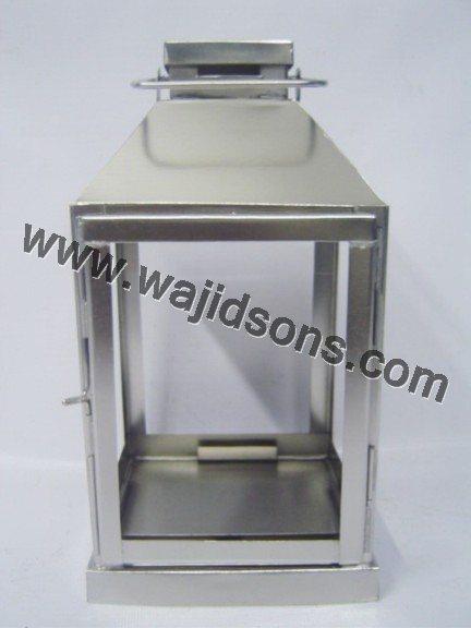 candle lantern wedding centerpiece