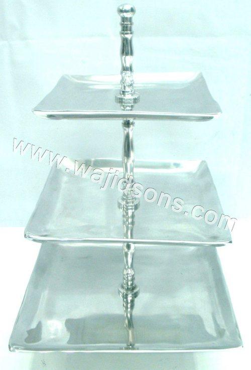metal cake stand 3 tier