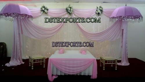 Pakistani Mehandi Function Stage Set
