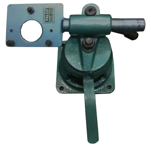 SWIVELLING VISE FOR ROTARY PUMPS