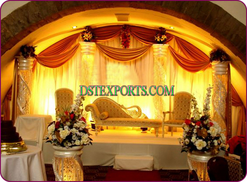 Wedding Crystal Stage With Peacock Sofa