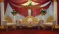 WEDDING DECORATED GOLDEN STAGE