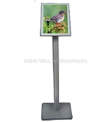 1Tier Standee With 1 Pole