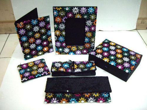 Gujarati Handicrafts Gujarati Handicrafts Exporter Manufacturer