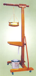 SHIRODHARA STAND (wooden, with Head Support)