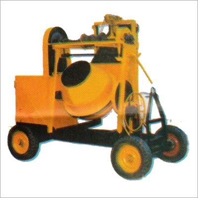 Lift Concrete Mixer Capacity 200 LTS.