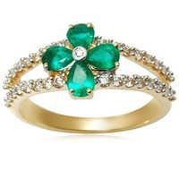 ladies diamond emerald ring, magnificent diamond ring, emerald ring design for women