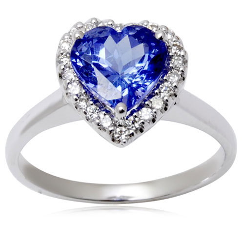 PERFECT ENGAGEMENT RING IN DISMOND AND TANZANITE,
