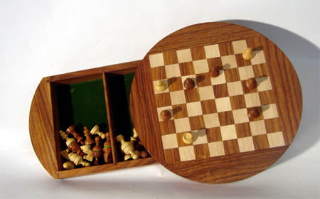 Wooden Chess Board - Magnetic
