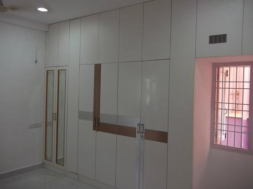 White Laminate Wardrobe Design