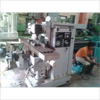 UNIVERSAL KNEE AND COLUMN MILLING MACHINE