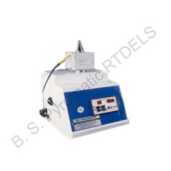 Pyromatic Hydraulic Specimen Mounting Press