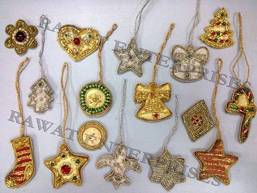 "{""Christmas Hanging badge"",""Christmas Hanging badge""}"
