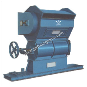 Double Roller Ginning Machine