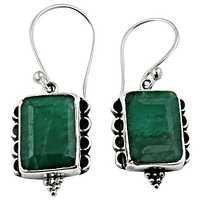 Hot Selling Dyed Emereld Silver Gemstone Earrings
