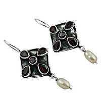 Latest Style Silver Earrings With Garnet & Pearl