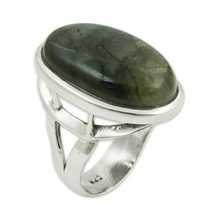 New Arrival Oval Labradorite Gemstone Silver Ring