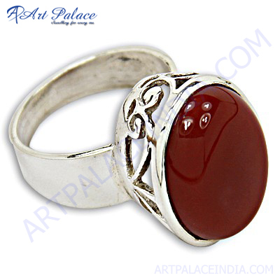 Attrective Red Onyx Gemstone Silver Ring